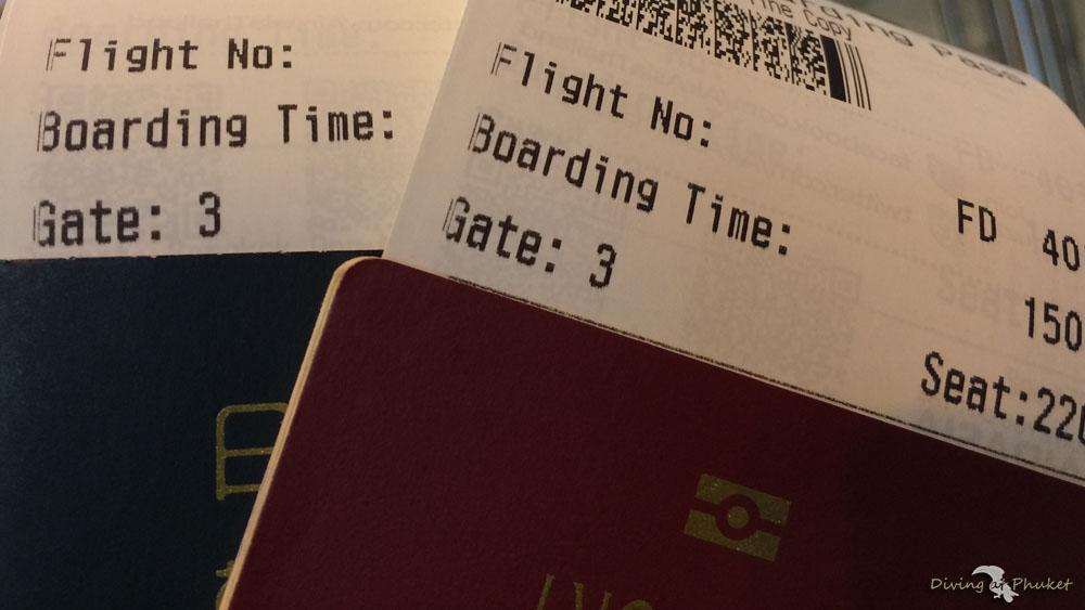 プーケット 飛行機チケット